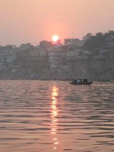 Ινδία, Βαρανάσι: η ιερότερη πόλη των ινδουιστών.