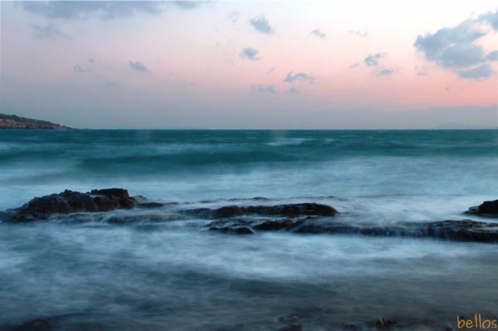 Ο βρυχηθμός της θάλασσας...